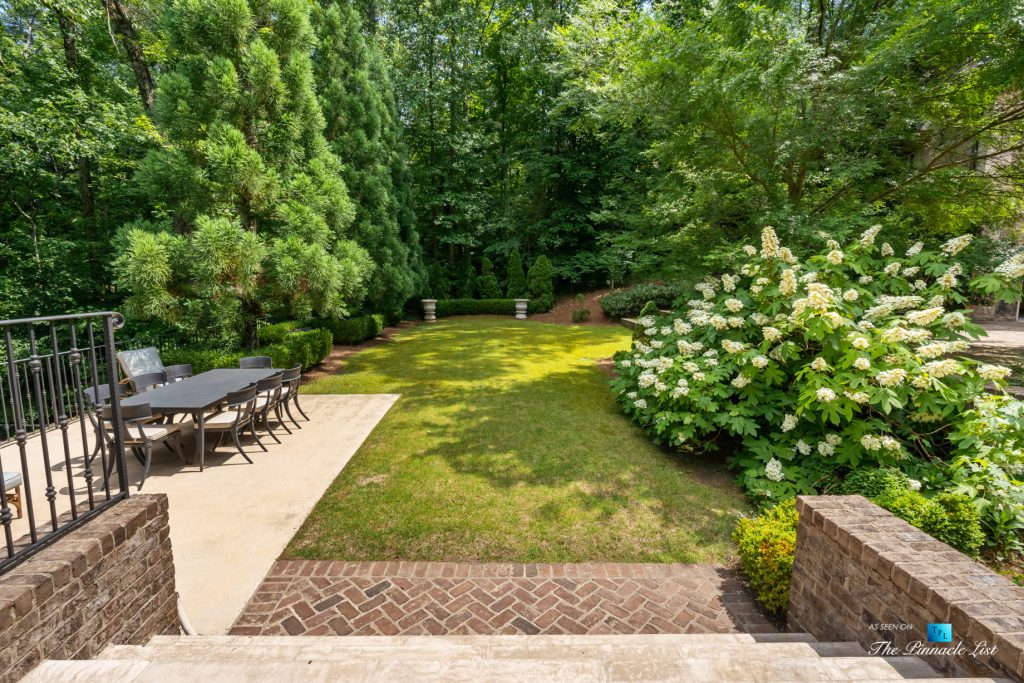 5705 Winterthur Ln, Sandy Springs, GA, USA - Atlanta Luxury Real Estate - Winterthur Estates Home - Backyard Steps