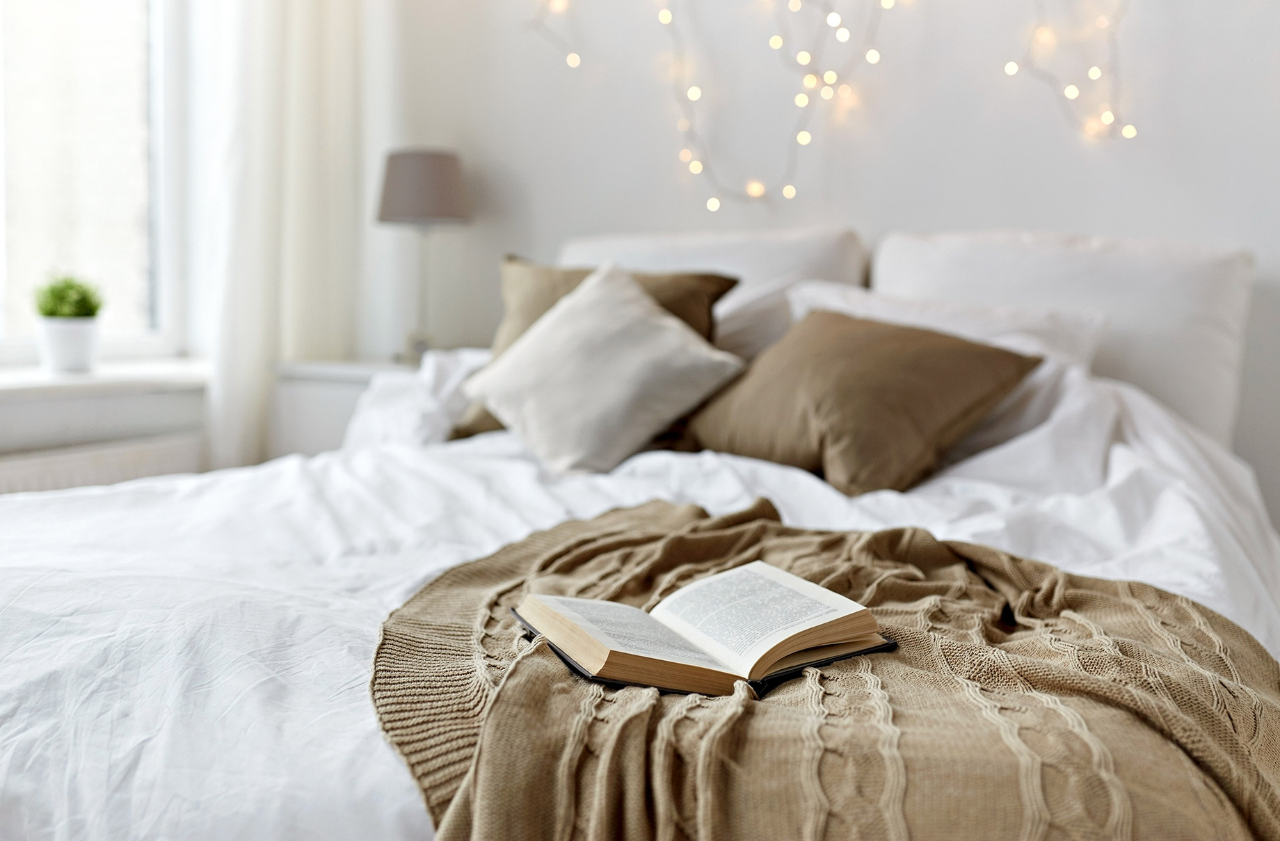 Boost Ambiance with Lighting in Your Bedroom