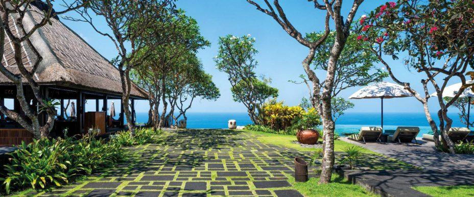 Bvlgari Luxury Resort Bali - Uluwatu, Bali, Indonesia - Bvlgari Bar Ocean View Pool Deck