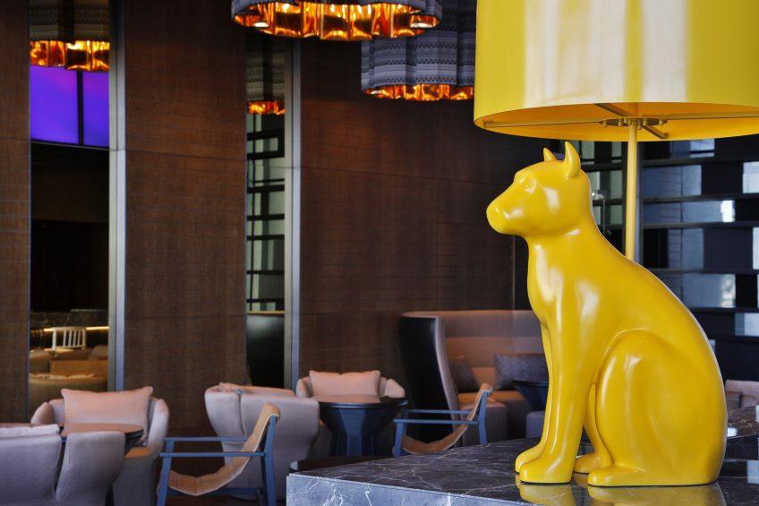 W Muscat Luxury Resort - Muscat, Oman - Lounge Decor
