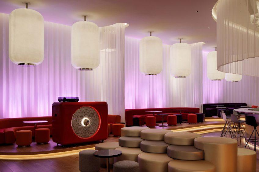 W Osaka Luxury Hotel - Osaka, Japan - LIVING ROOM Lobby