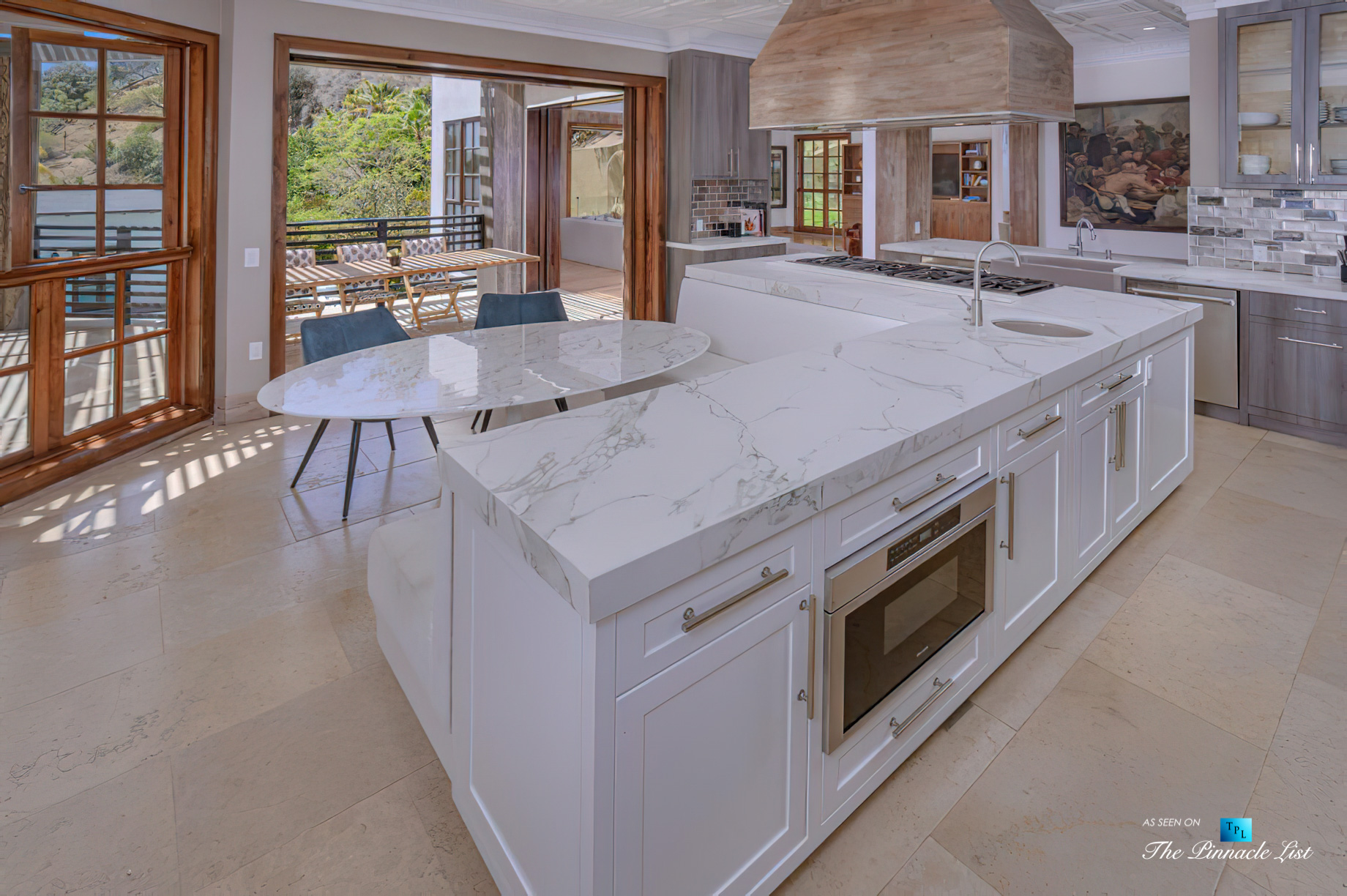 1105 Rivas Canyon Rd, Pacific Palisades, CA, USA – Luxury Real Estate – Kitchen