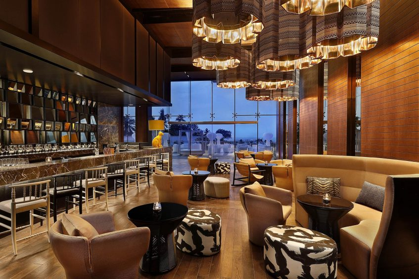 W Muscat Luxury Resort - Muscat, Oman - Lounge