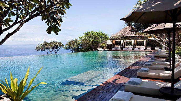 Bvlgari Luxury Resort Bali - Uluwatu, Bali, Indonesia - Infinity Pool Deck