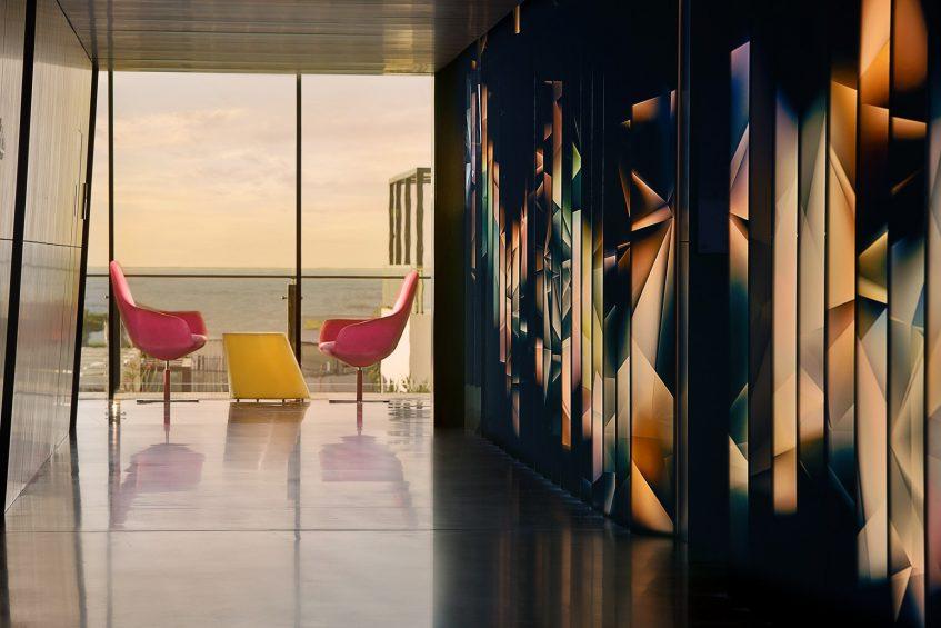 W Muscat Luxury Resort - Muscat, Oman - Hallway
