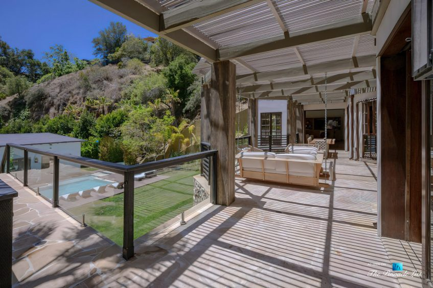 1105 Rivas Canyon Rd, Pacific Palisades, CA, USA - Luxury Real Estate - Exterior Deck