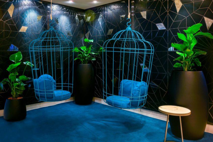 W Doha Luxury Hotel - Doha, Qatar - Sitting Area