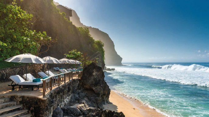 Bvlgari Luxury Resort Bali - Uluwatu, Bali, Indonesia - Resort Private Beach Deck