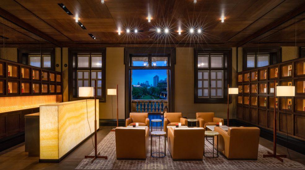 Bvlgari Luxury Hotel Shanghai - Shanghai, China - The Whiskey Bar