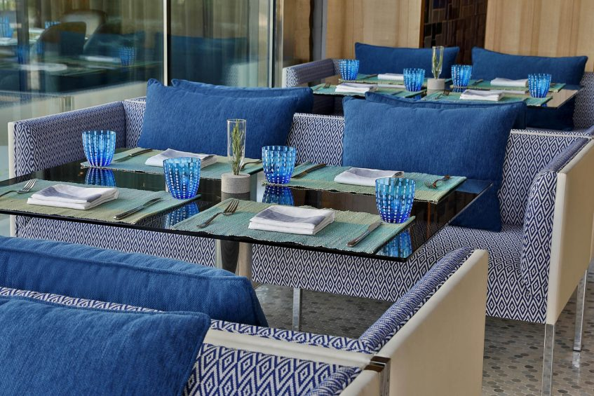W Muscat Luxury Resort - Muscat, Oman - Harvest Table Setting