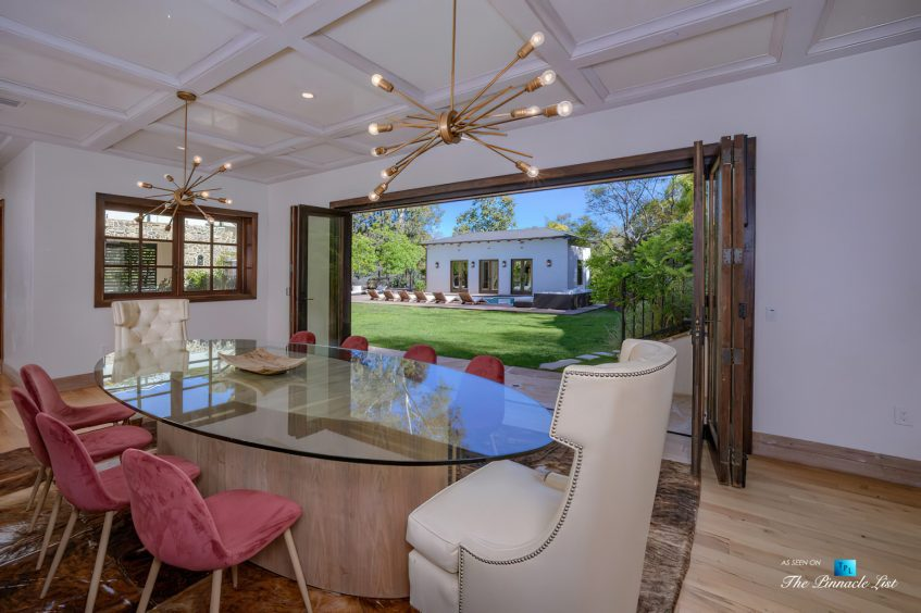 1105 Rivas Canyon Rd, Pacific Palisades, CA, USA - Luxury Real Estate - Interior Room Pool View
