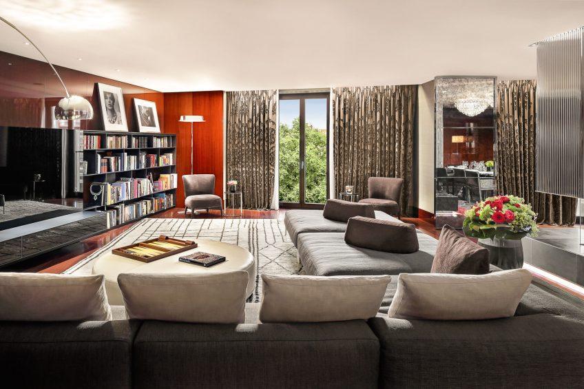 Bvlgari Luxury Hotel London - Knightsbridge, London, UK - Bvlgari Suite Living Room