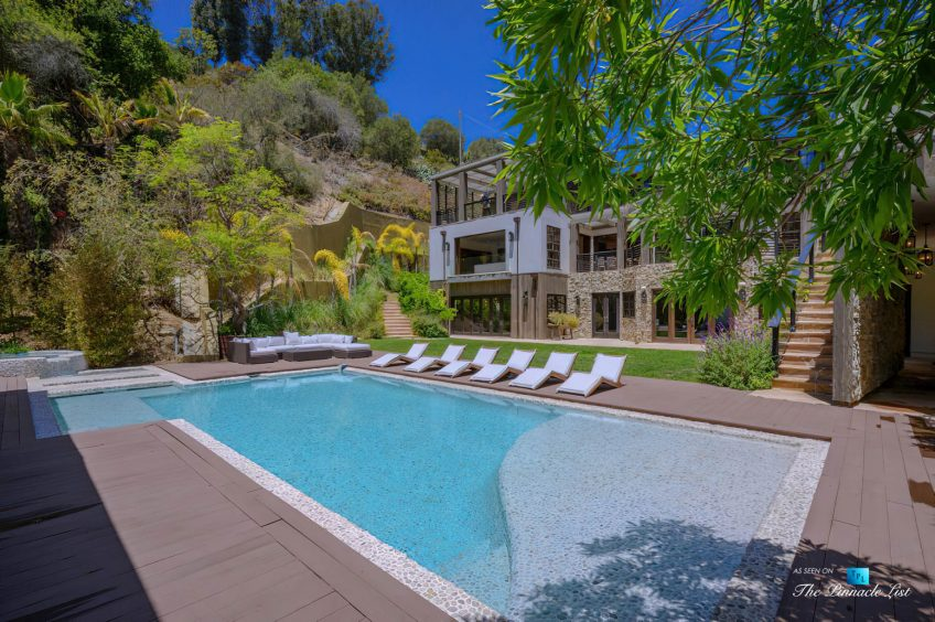 1105 Rivas Canyon Rd, Pacific Palisades, CA, USA - Luxury Real Estate - Exterior Pool Deck