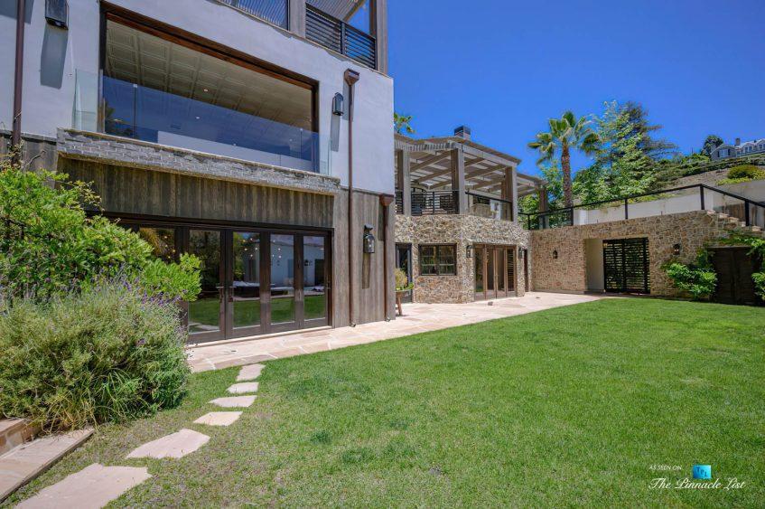 1105 Rivas Canyon Rd, Pacific Palisades, CA, USA - Luxury Real Estate - Back Yard