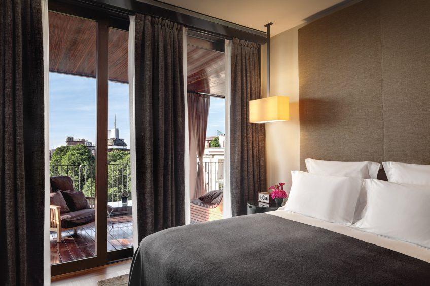 Bvlgari Luxury Hotel Milano - Milan, Italy - Bvlgari Suite Bedroom
