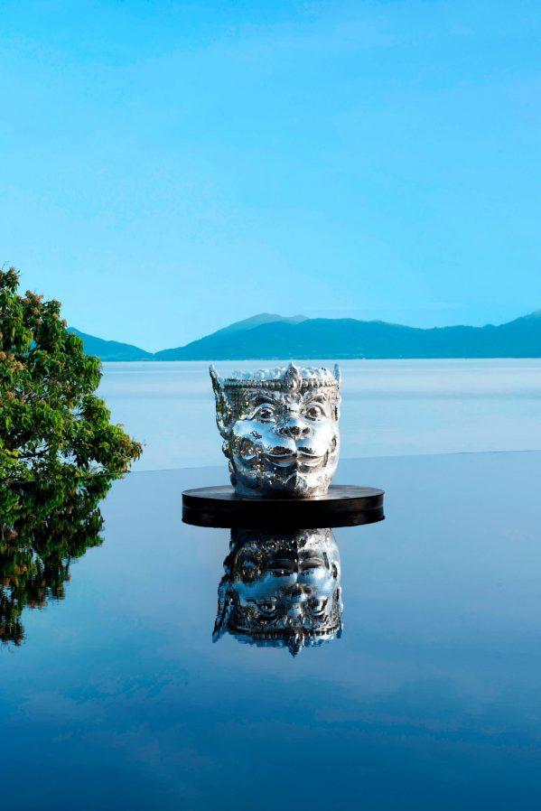 W Koh Samui Luxury Resort - Thailand - WOOBAR Reflecting Pool DJ Booth