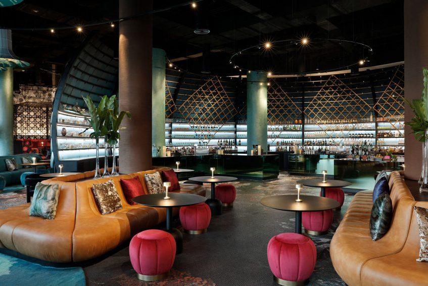 W Abu Dhabi Yas Island Luxury Hotel - Abu Dhabi, UAE - W Lounge Seating