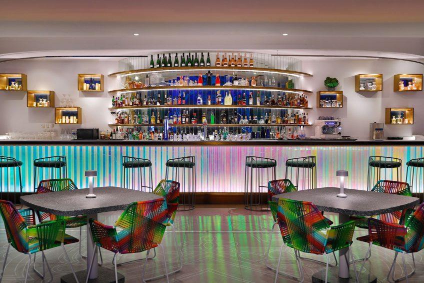 W Abu Dhabi Yas Island Luxury Hotel - Abu Dhabi, UAE - WET Deck