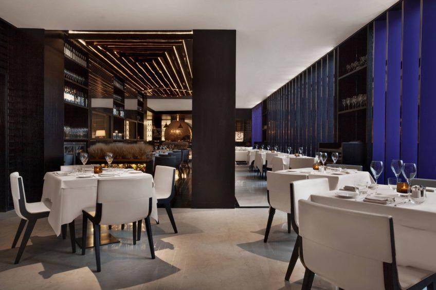 W Doha Luxury Hotel - Doha, Qatar - La Spiga by Paper Moon Tables