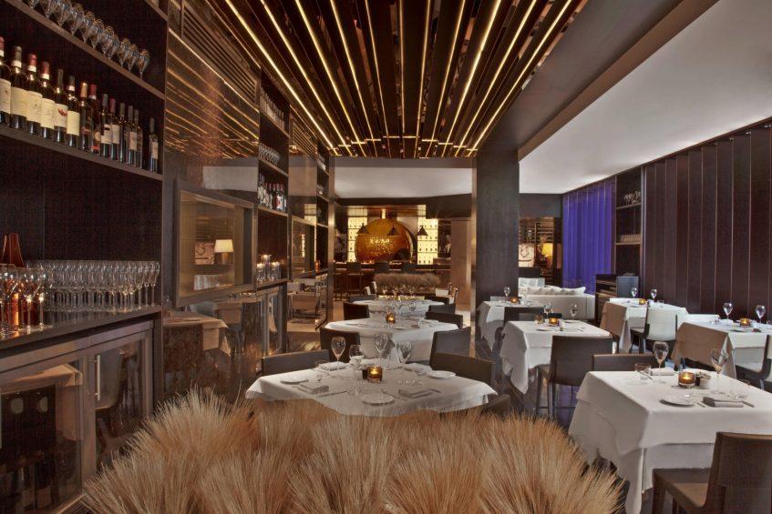 W Doha Luxury Hotel - Doha, Qatar - La Spiga by Paper Moon Restauranrt