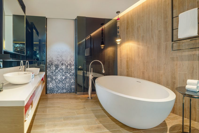 W Kuala Lumpur Luxury Hotel - Kuala Lumpur, Malaysia - Suite Bathroom