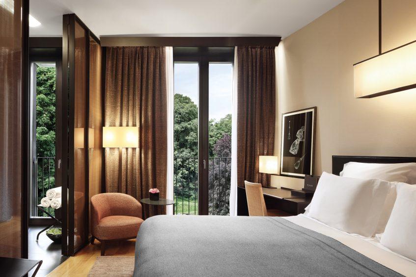 Bvlgari Luxury Hotel Milano - Milan, Italy - Premium Room Bedroom