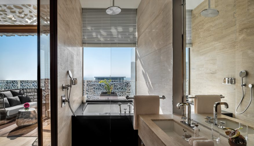Bvlgari Luxury Resort Dubai - Jumeira Bay Island, Dubai, UAE - Bulgari Suite Bathroom