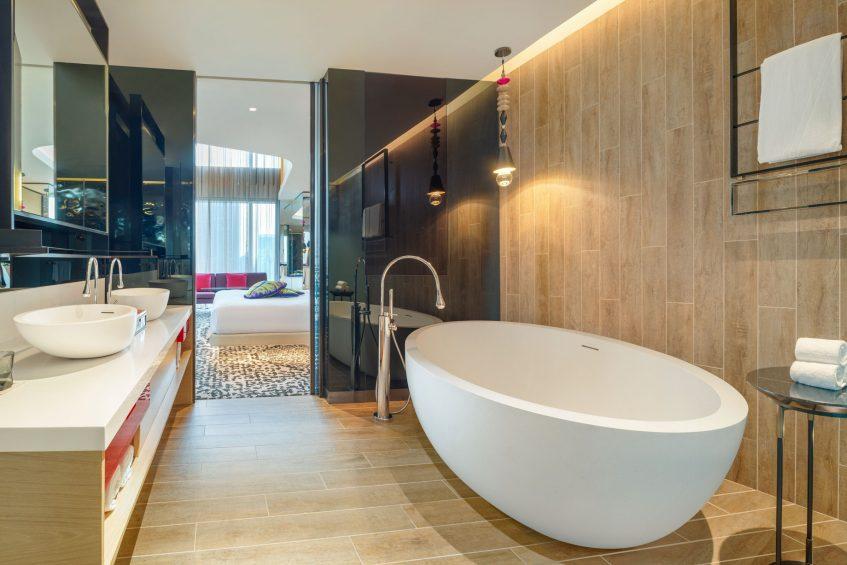 W Kuala Lumpur Luxury Hotel - Kuala Lumpur, Malaysia - WOW Suite Bathroom