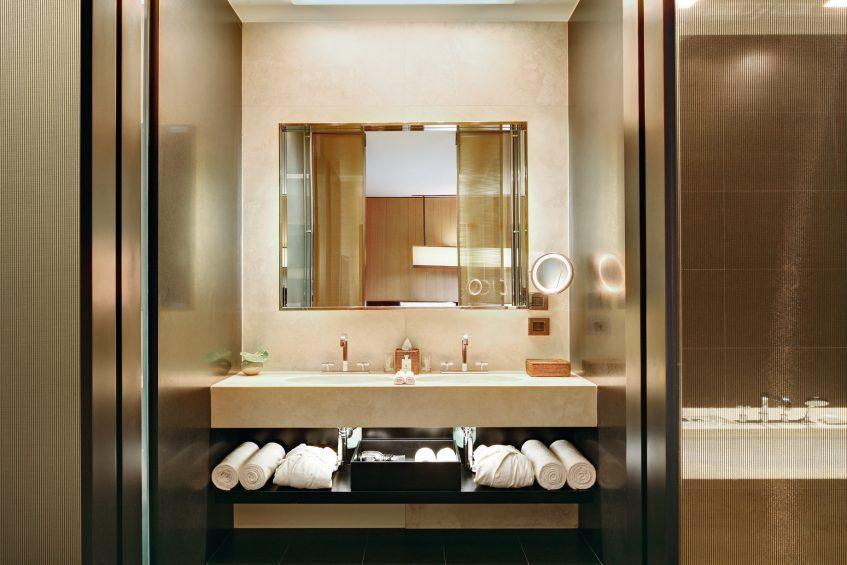 Bvlgari Luxury Hotel Milano - Milan, Italy - Guest Suite Bathroom