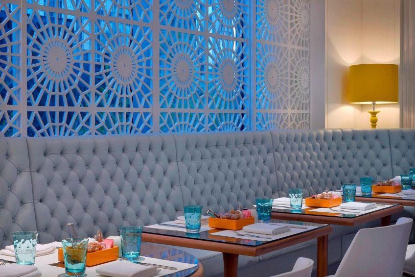 W Doha Luxury Hotel - Doha, Qatar - W Cafe Seating