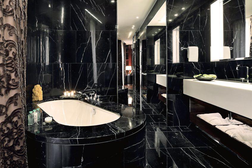 Bvlgari Luxury Hotel London - Knightsbridge, London, UK - Deluxe Suite Bathroom