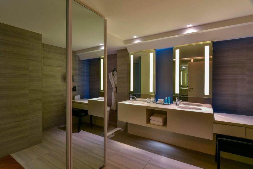 W Amman Luxury Hotel - Amman, Jordan - Cool Corner Bathroom Shower
