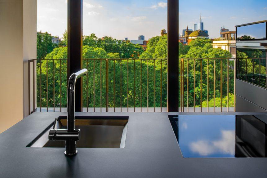 Bvlgari Luxury Hotel Milano - Milan, Italy - Bvlgari Suite Bar Sink View
