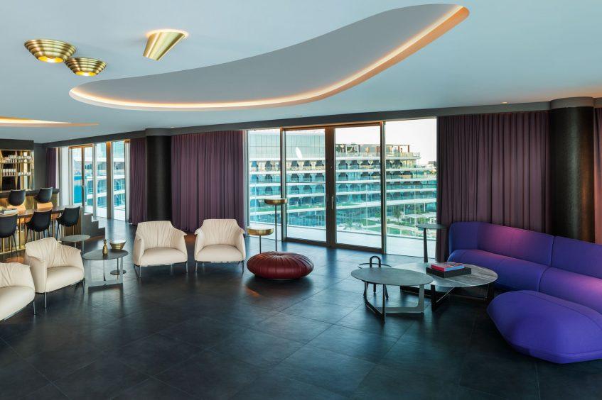 W Dubai The Palm Luxury Resort - Dubai, UAE - WOW Living Room