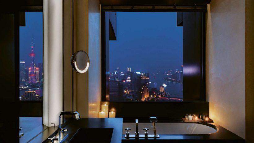 Bvlgari Luxury Hotel Shanghai - Shanghai, China - Suite Bathroom Night View
