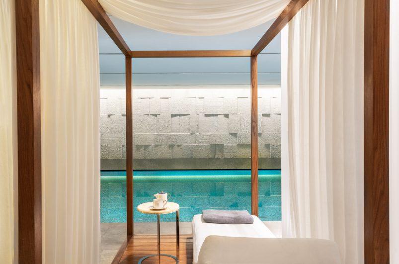 Bvlgari Luxury Hotel London - Knightsbridge, London, UK - Bvlgari Pool Private Cabana