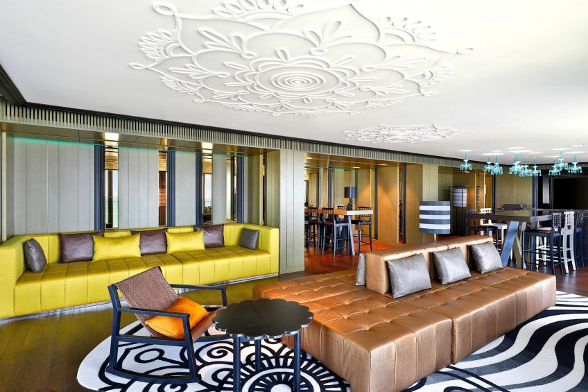 W Muscat Luxury Resort - Muscat, Oman - WOW Suite Living Room
