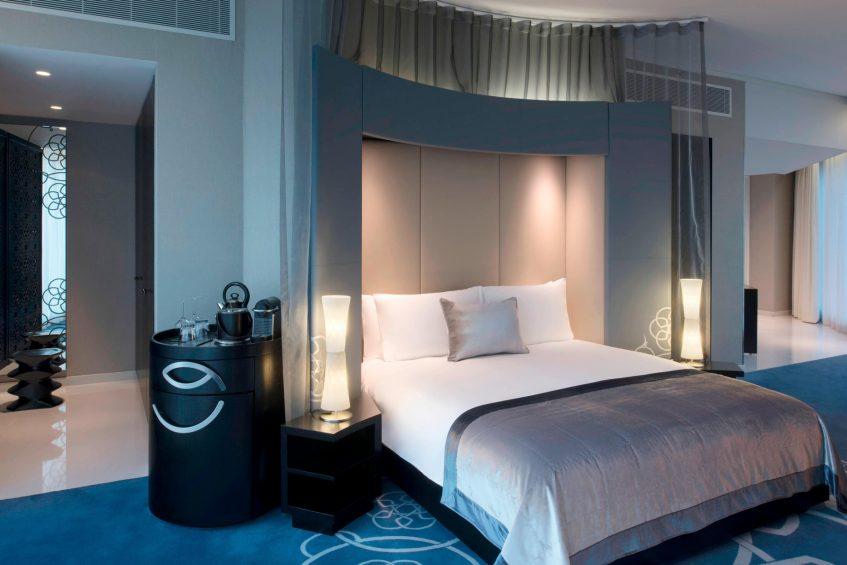 W Doha Luxury Hotel - Doha, Qatar - Cool Corner Suite Bedroom