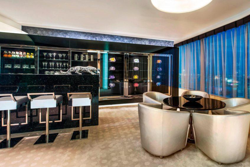 W Bangkok Luxury Hotel - Bangkok, Thailand - WOW Suite Private Bar