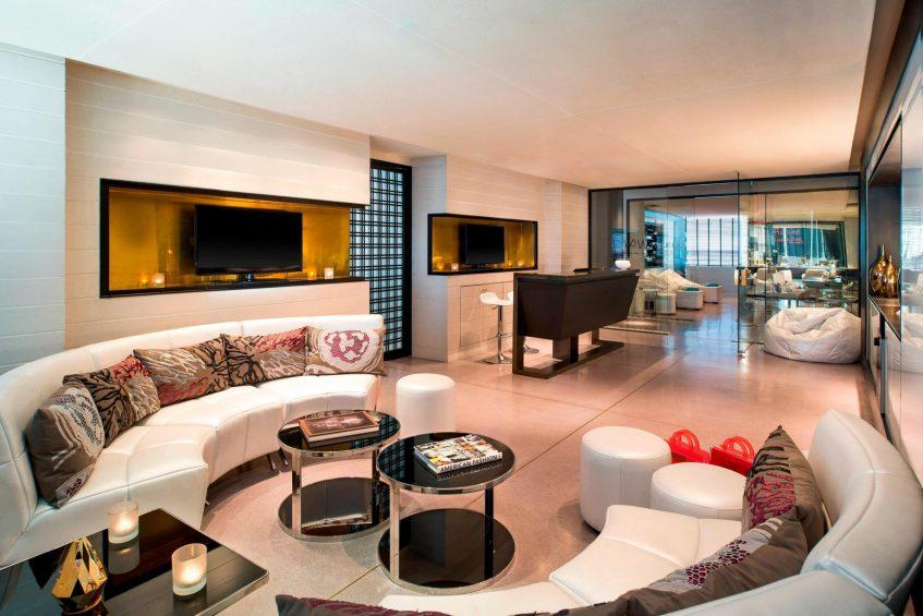 W Bangkok Luxury Hotel - Bangkok, Thailand - AWAY Spa Reception