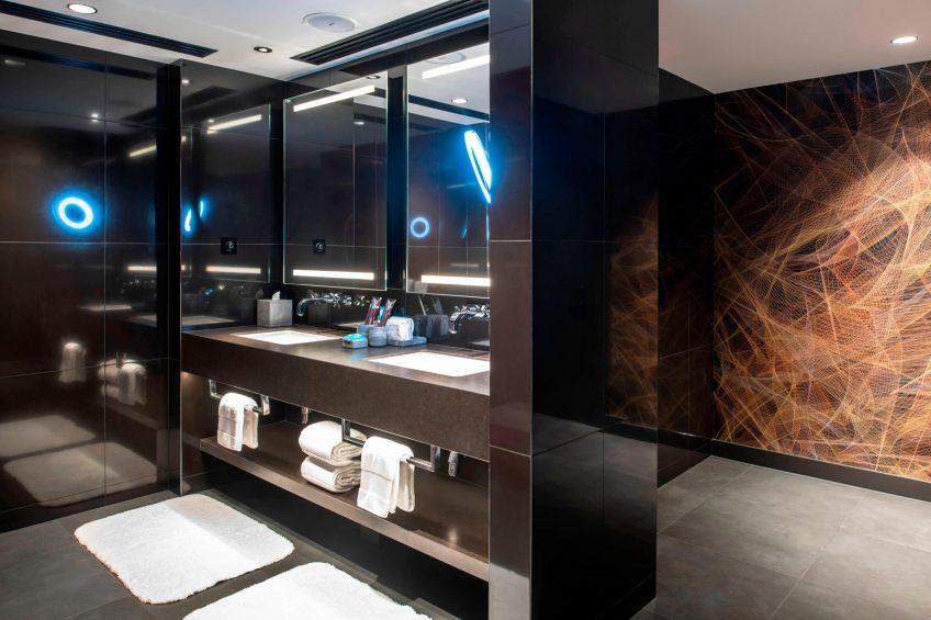 W Dubai The Palm Luxury Resort - Dubai, UAE - Fantastic Suite Bathroom