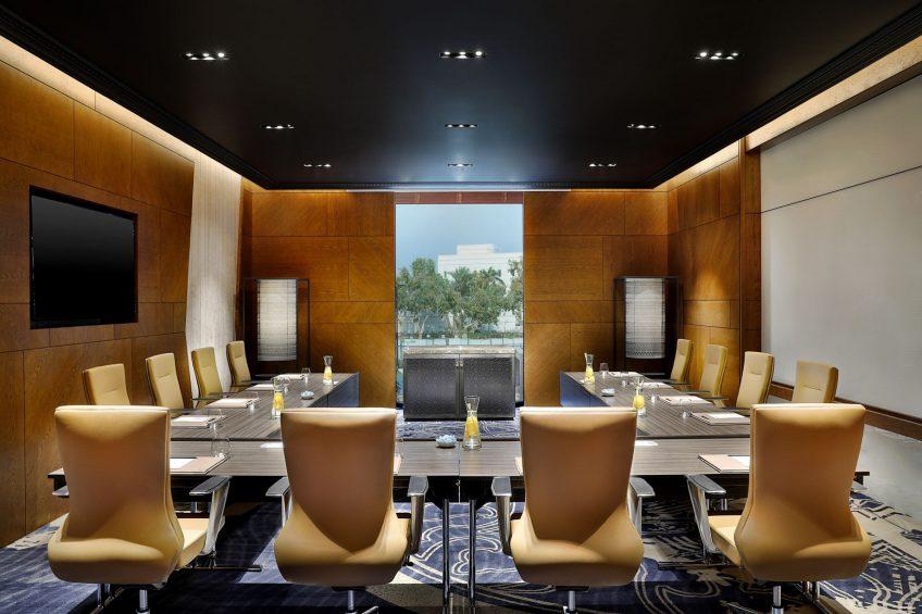 W Muscat Luxury Resort - Muscat, Oman - Meeting Room U Shape Setup