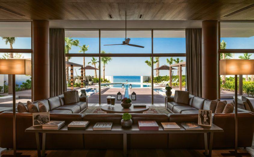 Bvlgari Luxury Resort Dubai - Jumeira Bay Island, Dubai, UAE - Bvlgari Villa Living Room Ocean Pool View
