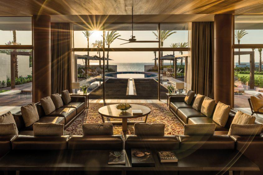 Bvlgari Luxury Resort Dubai - Jumeira Bay Island, Dubai, UAE - Bvlgari Villa Living Room Ocean Pool View Sunset