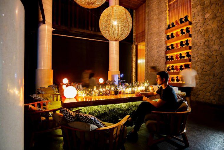W Koh Samui Luxury Resort - Thailand - WOOBAR at Night