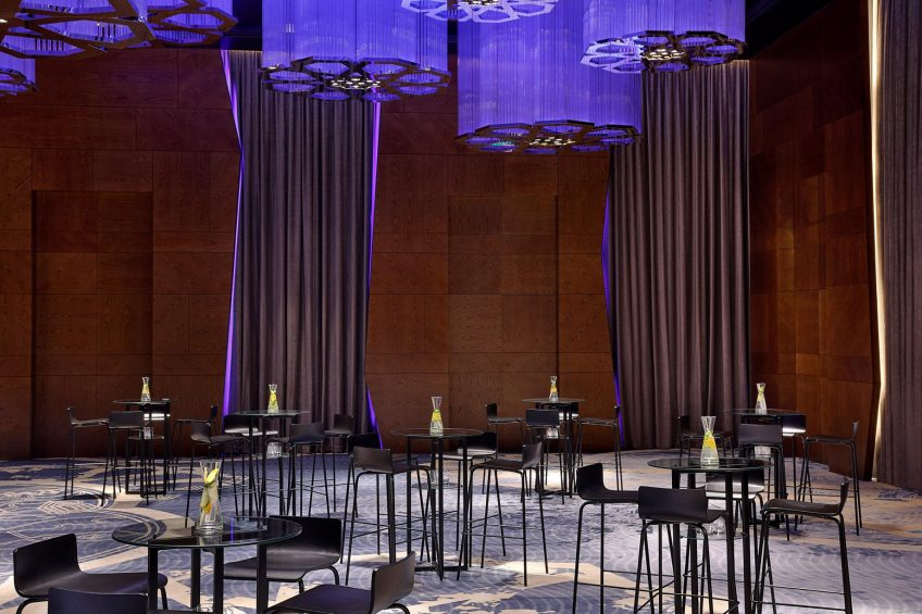 W Muscat Luxury Resort - Muscat, Oman - Great Room Reception Setup