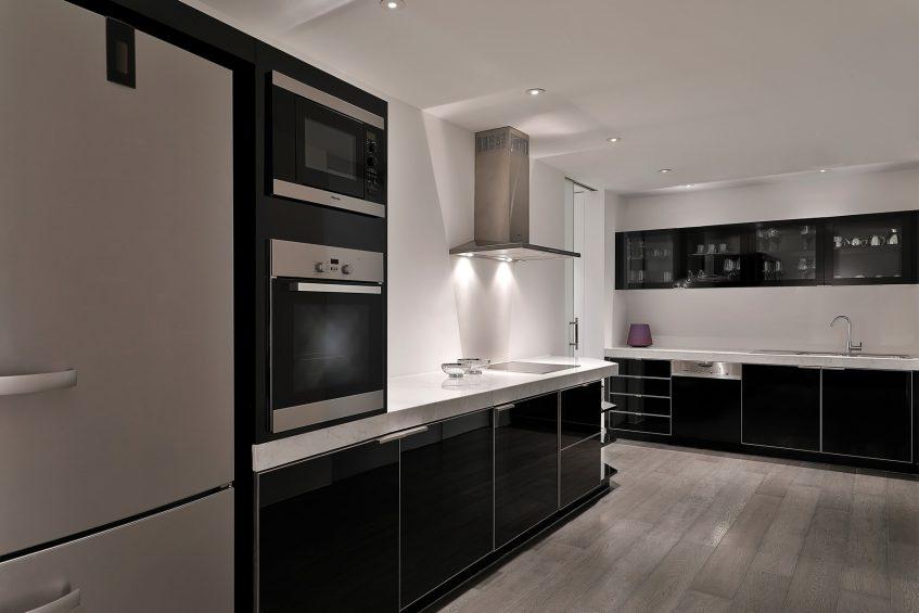 W Abu Dhabi Yas Island Luxury Hotel - Abu Dhabi, UAE - E WOW Suite Kitchen