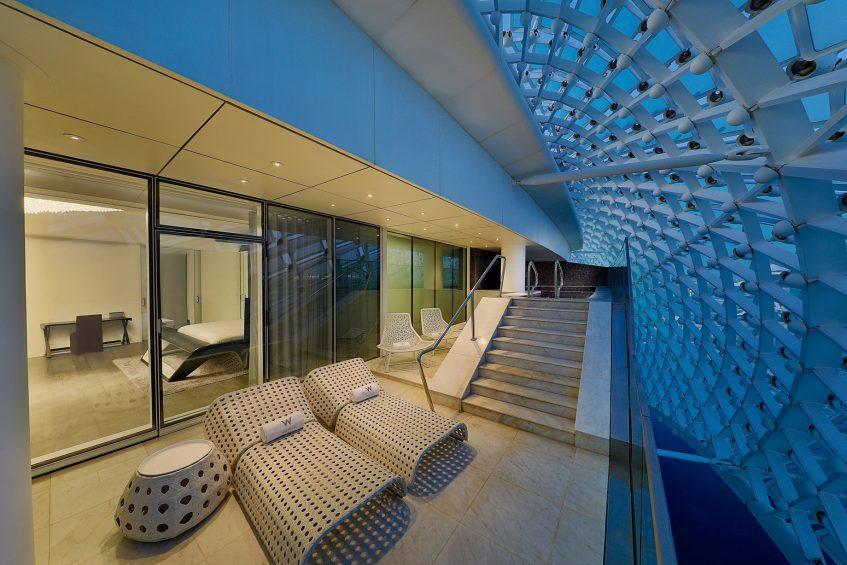 W Abu Dhabi Yas Island Luxury Hotel - Abu Dhabi, UAE - E WOW Suite Pool Deck