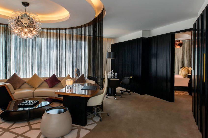 W Doha Luxury Hotel - Doha, Qatar - W Suite Living Room