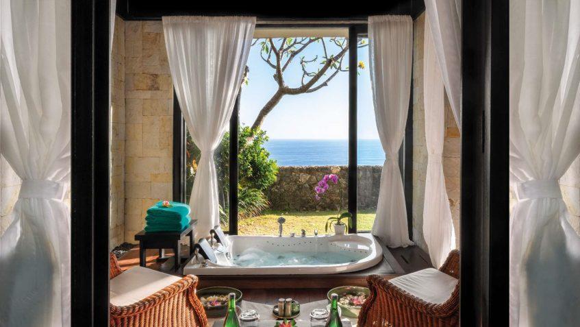 Bvlgari Luxury Resort Bali - Uluwatu, Bali, Indonesia - The Bvlgari Spa Ocean View Jacuzzi Room